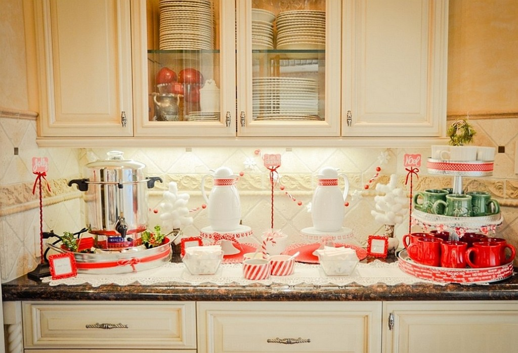 Christmas kitchen decor ideas carters kitchenion for Kitchen decoration