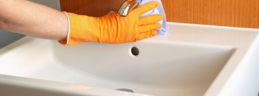How-to-Remove-Limescale-from-Your-Kitchen-Sink-Picture